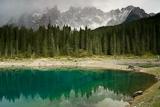 Karer See und Latemar-Gruppe, Dolomiten, Italien